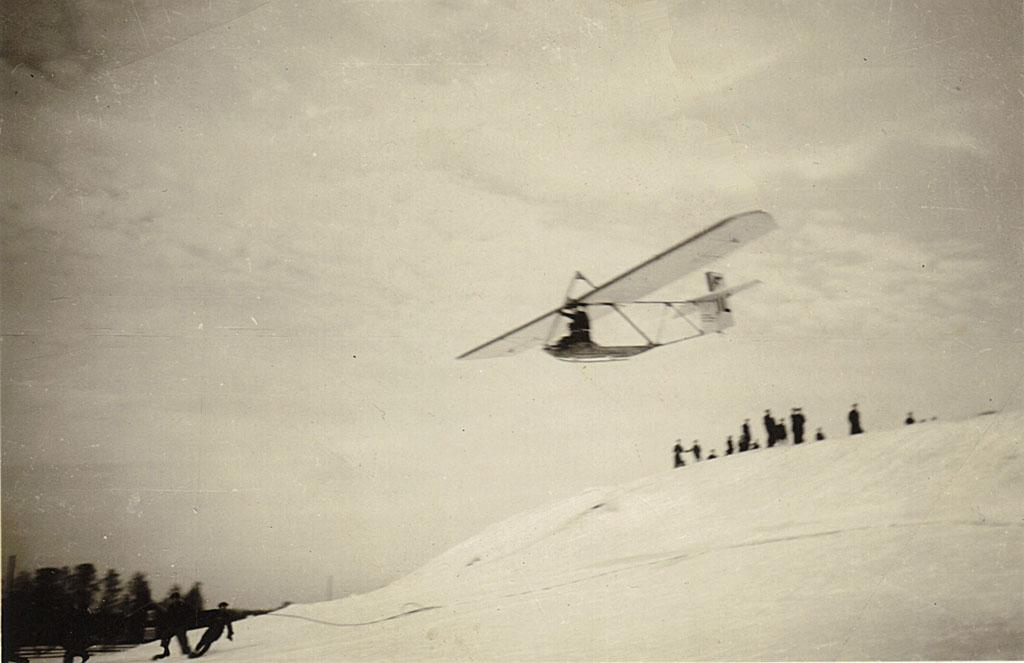 Vaapsahainen lentää Vanhan Vaasan valleilla